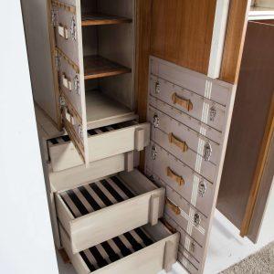 armario suitcase detalle cajones abiertos