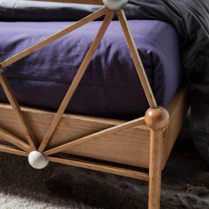 cama atomos detalle pata