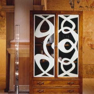 vitrina new age detalle de frente