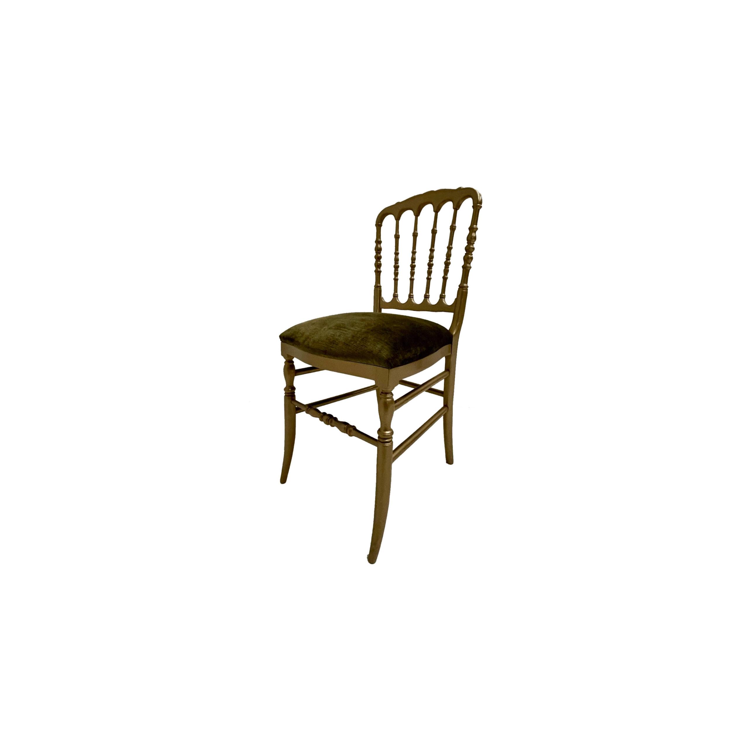silla palace acabado en amarillo
