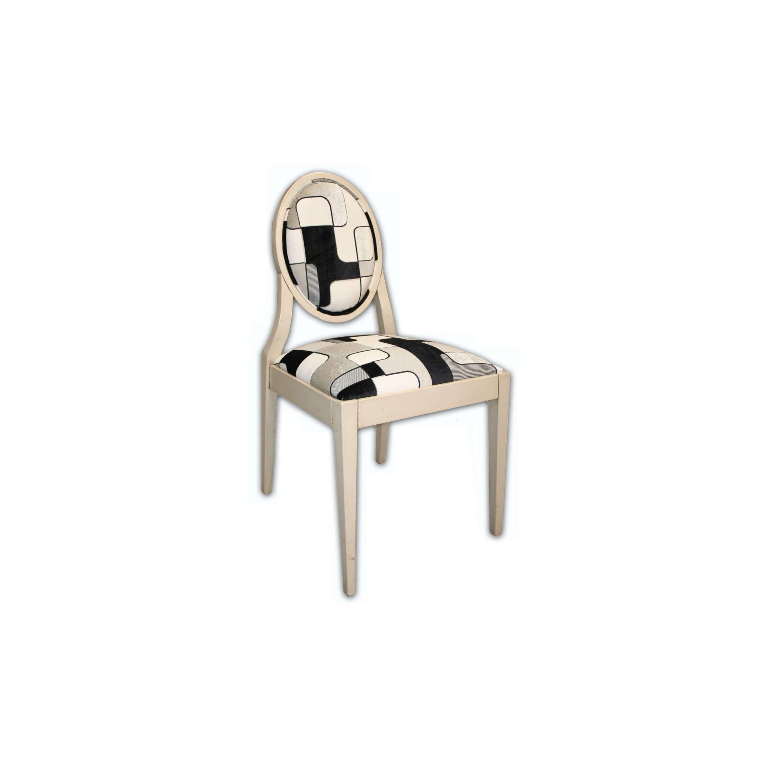 silla sauvignon acabado en marfil