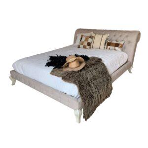 cama eva en fondo blanco